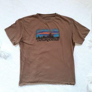 Mens Patagonia Tshirt Size XLarge Slim